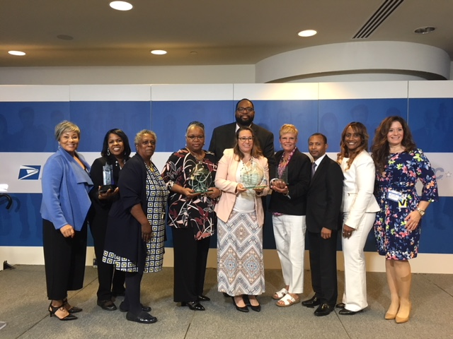 (L-R) Barbara Braxton-Morgan (USPS), Tina Dickens (Centers for Medicare and Medicade), Janet Cook (USPS), Vanessa Williams (USPS), Dane Coleman (USPS), Jennifer Hoyer (Corporate Mailing Services), Judy Antisdel (AT Direct), Rod Toney (Johns Hopkins Hospital), Le Gretta Ross-Rawlins (USPS), and Sally Pfabe (BrightKey)
